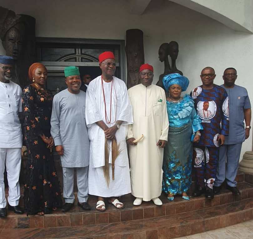 Jonathan, his wife, Ihedioha, Obi, others at funeral of