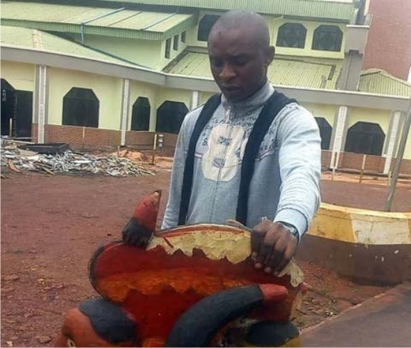 police arrest man for arresting a god in Nsukka