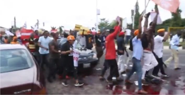Police attack EndSARS protesters in Abuja